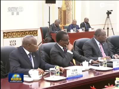 李克强会见刚果共和国总统