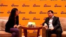 新浪科技讯 1月8日下午消息,Adworld互动营销世界今日在北京举行,PPlive CEO陶闯接受新浪科技专访时表示,今年视频网站优胜劣汰现象会比较强烈,PPlive年底有望实现盈利。    以下为专访全文:    主持人:新浪网的网友,大家下午好!我现在所在的位置是北京东方君悦酒店,今天在这里召开的ADWrild2010互动营销大会现场,坐在我身边的是PPLive CEO陶闯先生,来给我们分享一下PPLive最近在视频方面的举动,今年会有什么样的计划?有请陶先生给网友打个招呼。    陶闯:新浪网友大家好,我是陶闯。    主持人:去年下半年我们也看到突发猛劲,有几个大手笔,包括融资,包括加盟,包括改名叫PPTV,大家也关心在这一系列的后面PPLive在走什么样的路子?    陶闯:PPLive大家知道,在中国是最早的一批做视频行业,是04年就开始,PPLive最早定位是网络电视,大家说我为什么加入网络电视,不加入分享视频,大家都没有看懂。这半年发展的速度很快,现在已经看到各主流的媒体,央视,文广,湖南卫视都在进行电视的网络化,最近美国评出2010年改变人们生活的十大技术,第一项就是电视的网络化。我们大家发现,包括现有的分享视频网站也在重新审视定位。PPLive这么多年坚持下来,一直走的就是网络电视化的道路。    既然是网络电视化,应该有三个元素,以前我们认为媒体首先是内容为王,但是新媒体并不完全是内容为王,大家发现很重要的一条是渠道,包括新浪也应该知道,现在的报纸、杂志内容非常好,自己的垂直网站也有,但是发现用户最先看到的这个文章是在新浪里找到的。网络渠道是非常占优势的,像沃尔玛就是个渠道,他的货品相当于内容。新媒体能够产生突破的地方是技术,就是渠道如何让视频突破,究其原因还是技术。无论是互联网YAHOO或者谷歌,都是技术,能够形成渠道为王。    新媒体三个要素,内容、渠道、技术,这三点是成功最主要的。对于PPLive,首先要承认内容方面是我们的短板,在渠道、技术方面,最主要是PPLive技术方面的投入,大家知道早期PPLive就是技术型公司,大家很早就开始使用PPLive,当时中国网络带宽等等方面都不成熟的情况下,能够在互联网上首先看到直播的节目,后来看到点播的电视,大家现在感觉看的越来越高清。今年我们要首次推出数字电视进入互联网,我们1月18日将推出第一部小蓝光数字电视节目。    中国一开始是VCD时代,后来DVD时代,大家看影视作品,必须要有享受的体验,所以我们最主要的是技术。第二是渠道,渠道需要很多的体验来进行。今天在大会上我讲了一个新观点,只是把电视搬到互联网,用过清呈现这只是第一步,最重要一步是以后不是看电视,而应该是玩电视。我们发现我们大量得用户首先进来在网页上看看,最后沉淀为用客户端看电视。后来我们发现,原来他想干很多件事情,他客户端看电视,这边可以上网,这边可以上QQ,你发现网民需要全新的体验。当然首先要把高清做到,在这基础上做出更有效果的东西。    在内容上,后期主要的战略是跟内容商有个合作,版权的购买是必须要发力的一块,这一块是我们2010年所注重的,与内容商合作,我们内部做渠道和技术,外部是与内容商合作。    主持人:您提到搞清数字电视进入PPLive中,我们知道数字电视是收费的,不知道引入PPLive中是什么样的模式?    陶闯:我们指的是清晰度,画质达到数字模式的清晰度,目前我们的主流还是广告。在后期收费模式也会慢慢改变。    主持人:你们发现网友的需求很不一样,包括边看电视边玩游戏,对于竞争对手都会联营网页游戏或者自己做这样的事情,PPLive有没有这样的计划?    陶闯:游戏运营是我们收入中间的一小部分,主要收入还是广告,游戏运营以及其他的服务都是增值性业务,不是我们的主流。    主持人:我们也提到完成了融资,融资数额不知道是否方便透露?在去年年底,包括酷6,包括百度进军正版,这肯定涉及到资金问题,不知道PPLive有什么样的规划?    陶闯:回顾PPLive这几年我想与大家分享一下,前面我谈到中国网络视频发展有三大门槛,第一大门槛是融资,当时融到资金的企业存活下来了,第二大门槛是牌照门槛,第三大门槛是内容版权的门槛。第一大门槛的时候,实际PPLive是第一个在视频企业里,在没有什么营收的情况下,07年3月拿到2千万美金,随后其他的视频网站,包括U酷、土豆也都拿到了融资。到了08年,应该说PPLive把这个行业炒起来了。当时的传闻,民营企业拿不到牌照,因为当时的风险投资蜂拥而上,将近有5亿美金进入中国市场,使这个视频企业扩展到300多家,广电部肯定要出台进行规划,因为内容要控制住。    那时候很多企业都非常担心,如果拿不到牌照就要关门。到了08年4月,大家是否记得那个