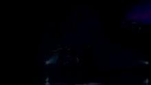 """新浪娱乐讯 由东方卫视精心打造的大型音乐综艺互动节目《民歌大会》本周四再出奇招:特邀歌坛大姐级人物,久未露面的实力唱将陈明回归舞台;更有香港金像奖影帝,永远的""""大哥""""吕良伟鼎力助阵。两位重量级嘉宾将与模仿秀选手通力协作,在《民歌大会》现场上演""""巾帼不让须眉""""的超级音乐对抗赛。外表温柔似水的陈明将如何迎战硬朗果敢的吕良伟?其中玄妙将在今晚21:15东方卫视为您揭晓。    陈明爆料走穴糗事 携新歌相约《民歌大会》    内地歌坛一线唱将陈明,当年凭借一首《寂寞让我如此美丽》名声大噪,陆续推出的《仙乐飘飘》、《为你》、《快乐老家》等叫好又叫座的音乐作品逐渐奠定了她在华语音乐市场不可撼动的实力派地位。然而近两年来陈明似乎有意回避大众视线,甚少在镜头前曝光,当""""陈明是否变相引退""""的质疑声甚嚣尘上之时,这位外表柔顺内心却豪爽坚毅的歌手却带着她最新的音乐专辑《时光曼妙》,自信美丽地登上《民歌大会》的舞台。时光未及改变陈明的外表,却给了她更加丰富的韵味和愈加夺目的风采。当身着水红色短裙,欢唱着《快乐老家》款款而来的陈明现身节目现场,现场激情四溢的热烈气氛无不在宣告:这位大众心中的""""快乐""""歌手从不曾离开!    作为资深实力派歌手,陈明首先以自己的独有风情全新演绎了《边疆的泉水清又纯》,在清甜婉约的歌声中流露出眷眷情谊,唯美动人。为了回报观众与歌迷的殷切等待,陈明更提前在《民歌大会》现场演唱了自己新专辑中的新歌《信》,从这首歌的歌词中我们能够真切感受到陈明回归的心声与美好的心态:""""不曾离开,泪水笑着趟下来,听着心的声音勇敢的走吧……现在依然很精彩。""""    除了以歌会友的创意主旨,《民歌大会》的快乐比拼意味也不容忽视。在游戏PK过程中,可爱的陈明为了抢得胜果,不惜与戴军、孙浩互爆对方当年走穴的笑料,现场一度陷入""""八卦大混战"""",原来戴军也曾在舞台上High到皮裤开裂,陈明曾是走穴圈中最出名的劲歌锐舞达人……众多大腕明星光鲜形象背后的故事更加耐人寻味。今天的陈明让所有人相信,那个自信豁达的陈明不曾离开,而充满魅力的她未来将更加精彩。    金像影帝吕良伟尽显大哥风范 唱到酣时大展""""咏春拳""""    本期《民歌大会》另一位重量级嘉宾就是名声在外,享誉四海的""""上海滩大哥大""""——吕良伟。吕大哥自从阔别《上海滩》,便一心希望有机会能够故地重游,今日终凭《民歌大会》的邀约一解思念之苦。然而贵为金像奖影帝的他,在节目现场却一派温和平易的亲民形象,只有当导演组安排他现场演出一场""""雪茄黑帮戏""""的时候,才恍若""""大哥""""上身,即刻进入港产黑帮的人物状态,不得不让人佩服其深厚的演技功底和十足的敬业精神。然而影帝入主《民歌大会》,演戏也必然成为第二副业,主要任务是要与陈明一队人马比拼民歌新唱。这可难坏了国语歌曲资源不甚丰富的吕大哥,最后搜肠刮肚寻出一首堪称家喻户晓的闽南语歌曲《爱拼才会赢》,智慧地用粤语完整呈现出来,也算是大哥风范的另一种延续。    谁知一曲唱毕,吕良伟的歌唱细胞也被彻底激发出来,随即在好玩又搞笑的""""好歌猜猜猜""""游戏环节中,狂秀自己的粤语金曲""""存货"""",与号称""""乐库""""的内地天后陈明展开激战。唱到兴致高涨之时,吕良伟甚至且歌且舞,为在场观众展示了一段具有相当水准的""""咏春拳""""!谁说""""大哥""""形象就一定要稳重如山?谁说""""大哥""""风范就一定要惜字如金?吕良伟用豪迈直爽、收放自如的姿态展现了真汉子的真性情,是为最真实的""""大哥""""榜样。    """"郭富城螺丝手""""PK""""杨坤碾烟头"""" 模仿秀谁更雷?    《民歌大会》第二季的一大特色就是有众多模仿达人加盟助兴。本期节目特地请来形似度高达80%的""""郭富城""""和神似度接近100%的""""杨坤""""同场献艺。谁知""""郭富城""""一出场就凭借《对你爱不完》中超级经典的""""旋转螺丝""""手势引发超高人气,带动全场热闹非常的""""群舞表演"""";而""""小杨坤""""也敬业非常,为争得认可不惜为难自己,在完美模仿杨坤沙哑嗓音的同时,相当纠结的""""拧吧""""自己的身体,一边""""脚底碾烟头"""",同时""""手指弹烟灰"""",博命演出杨坤标志动作的精神,令现场""""笑""""果一度爆棚。若要评判两位表演达人谁更专业谁更""""雷"""",只能靠您今晚亲自赏析。    最好看的音乐现场秀节目,最激烈的竞争比拼,最搞笑好玩的娱乐效果,多重精彩,尽在东方卫视每周四晚21:15《民歌大会》。"""