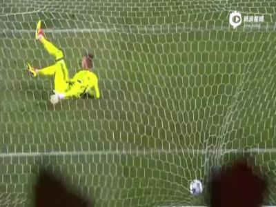 鲁伊兹多斯特破门 里斯本竞技2-0华沙获首胜